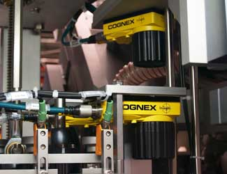 IWK Verpackungstechnik two cognex insight manufacturing inspection