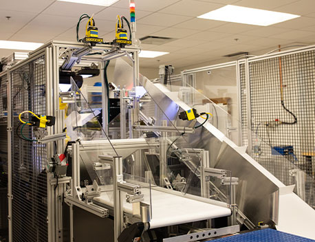 Soft Robotics inspection rig with multiple cameras