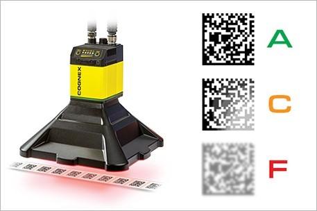 vérificateur de codes-barres en ligne DataMan475V évaluant des codes