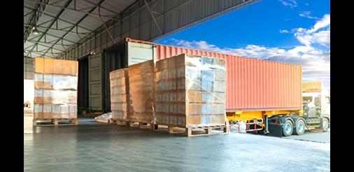 Ricezione di merci presso la porta di carico