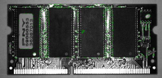 Un esempio di ispezione PatMax per componenti elettronici