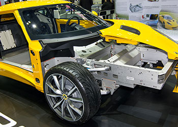 Chassis system in yellow car