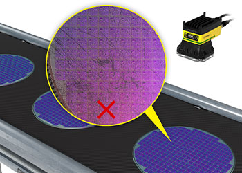 O deep learning distingue entre um exemplo de boa inspeção de wafer semicondutor e dois maus exemplos de inspeção.