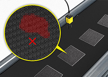 Sistema de visão inspecionando grade de bateria em busca de defeitos
