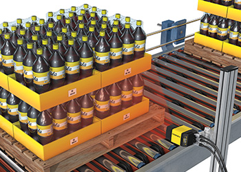 Cognex's image-based barcode reader scanning pallets of beverages logistics