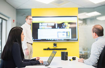Cognex Classroom Training with male teacher female student