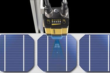 DataMan 302 blue light reading 2d datamatrix on Solar cell