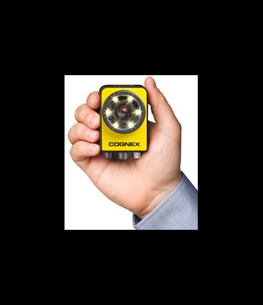 male hand holding cognex In-Sight 7010