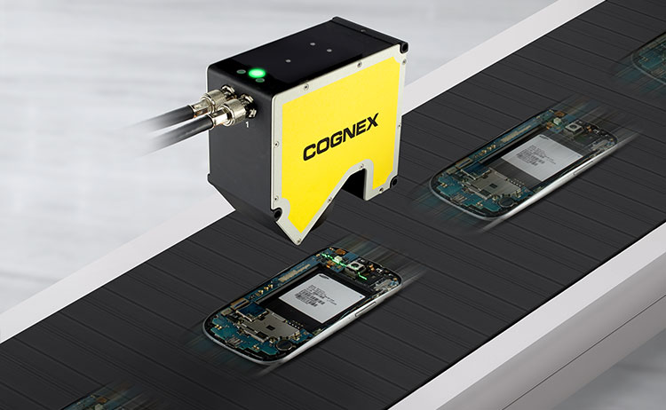 DSMax inspecting phones at high speed on conveyor