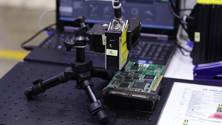 In-Sight Laser Profiler Measurement Sensor