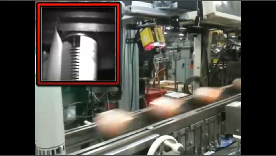 DataMan Reads Barcodes on Moving Cans