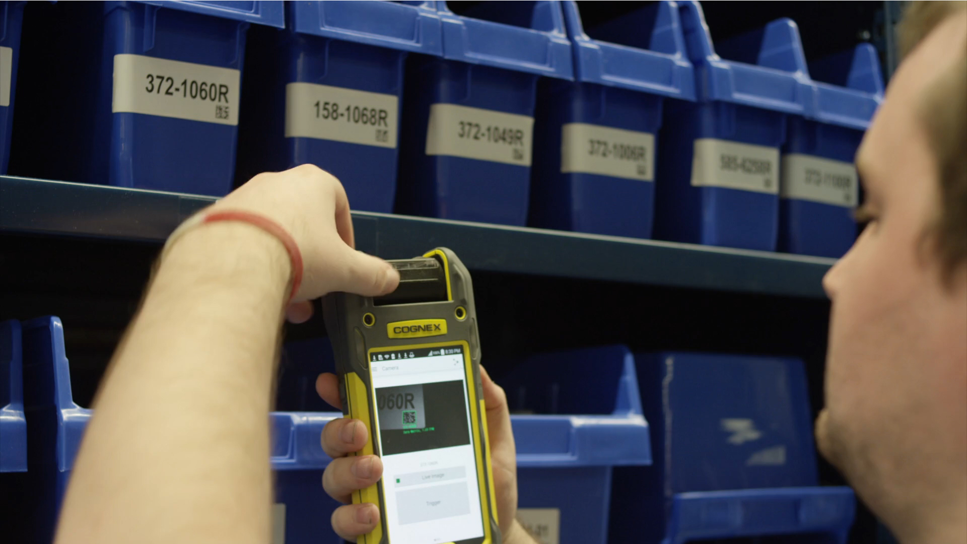 MX-1000 Vision-enabled Mobile Terminal for Logistics Applications