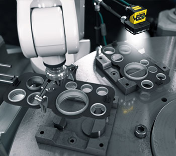 In-sight 2000 machine vision inspection with robotic arm for production automation